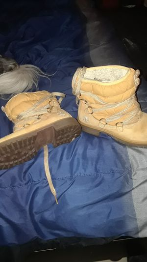 Woman's timberland 650 for Sale in Philadelphia, PA