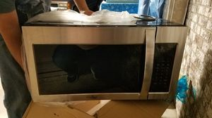 Microwave for Sale in West Columbia, SC