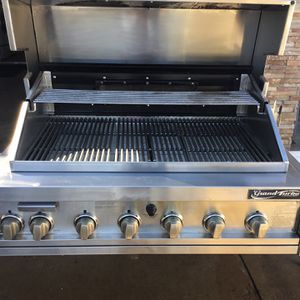 "38"" Grand turbo Barbecue Grill for Sale in Orange, CA"