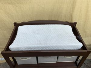 Baby changing table for Sale in Auburn, WA