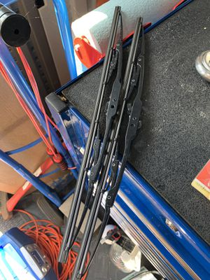 Size 17 Windshield Wipers for Sale in San Diego, CA