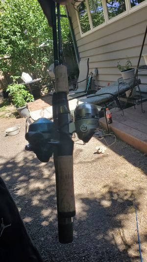 6 assorrted fishing rods and reels 100$obo for Sale in Portland, OR