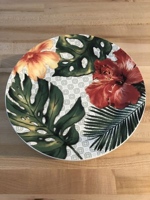 8 salad plates for Sale in Wenatchee, WA