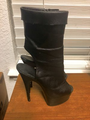 Pleasers 5 Inch Black Ankle Boots Size 5 for Sale in Rockwall, TX