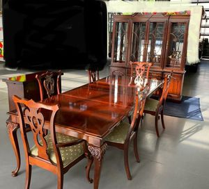 Mohagany Thomasville Dining Set for Sale in Pensacola, FL