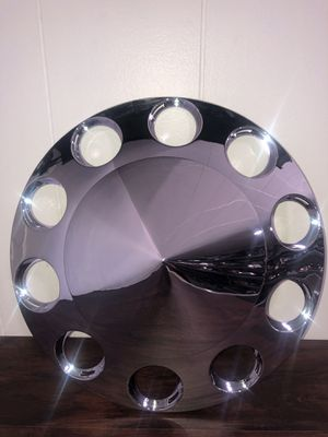 Cover Wheel Front Diamond With Threaded Nut For Rim 20/22.5/24.5 In ABS Chrome for Sale in San Leandro, CA