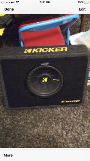 Kicker 10 inch sub for Sale in Dinuba, CA