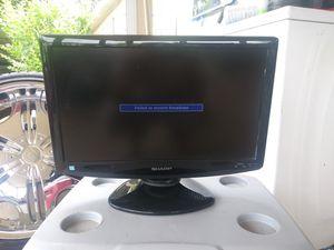 19 inch tv $20.00 for Sale in Ocklawaha, FL
