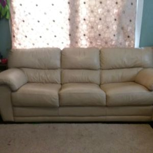 Cream leather couch- $120 obo. for Sale in Marion, TX