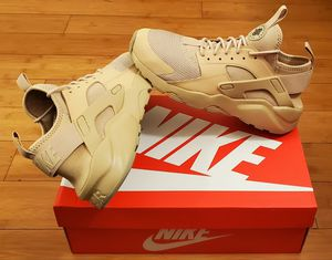 Nike Air huarache size 8.5 for Men. for Sale in Paramount, CA