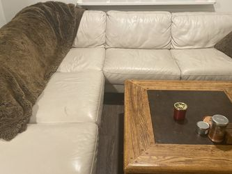 Beautiful White/Beige Leather Couch for Sale in Washington,  DC