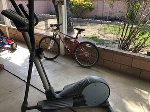 Elliptical exercise machine for Sale in Hacienda Heights, CA