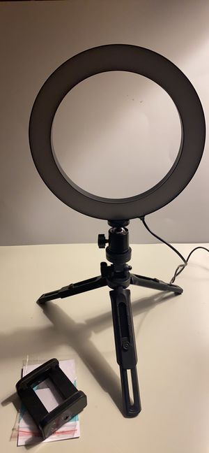 10 inches ring light with desk tripod stand for Sale in Houston, TX