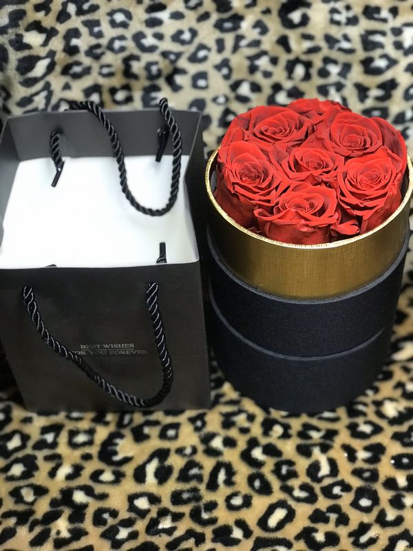 Eternal preserved real rose bouquet gift luxury box gift bag 6 flowers valentine's for her hand made