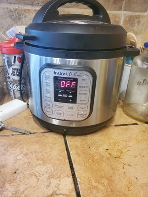 Instant Pot for Sale in East Cleveland, OH