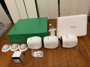 3x Arlo Pro security cameras. Like New! for Sale in Issaquah, WA