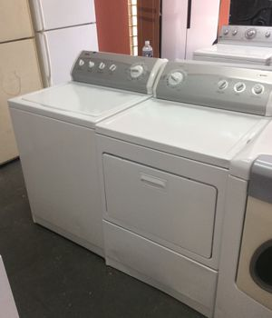 Kenmore electric dryer and washing machine set, king size loads! for Sale in St. Louis, MO