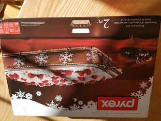 NEW Limited Edition Pyrex 9 X 13 With Snowflake Basket for Sale in Bloomingdale,  IL