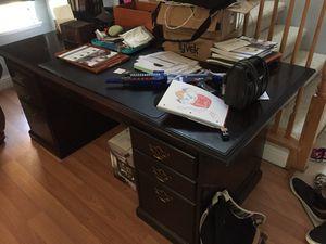 Executive size Desk for Sale in Roseville, CA