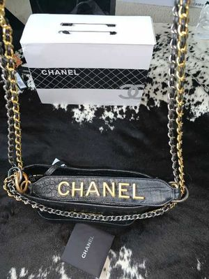 Chanel Bag (LIKE NEW) for Sale in The Colony, TX