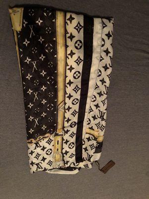 Louis Vuitton silk scarf for Sale in Saginaw, TX