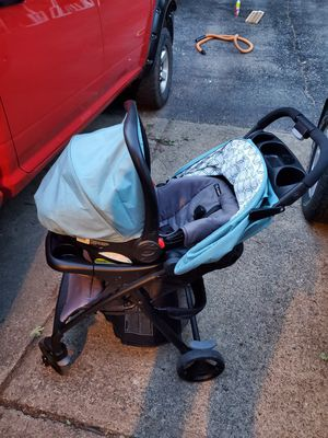 Graco Travel System for Sale in Avella, PA