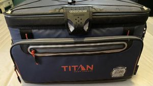 Artic Zone TITAN DEEP Cooler 3 Days Ice 48 Cans for Sale in New York, NY