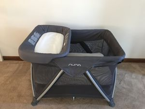 Nuna Sena Aire Travel Crib w\ extras for Sale in Solon, OH