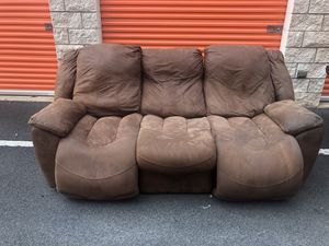 Delivered reclining couch for Sale in Mililani, HI