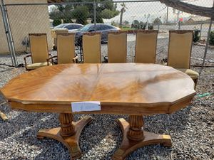 Dining table with 6 chairs for Sale in Hesperia, CA