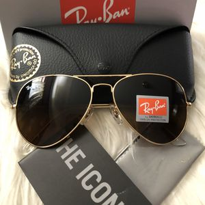 AUTHENTIC RAY BAN AVIATOR 🎁🎁🎁 for Sale in Los Angeles, CA