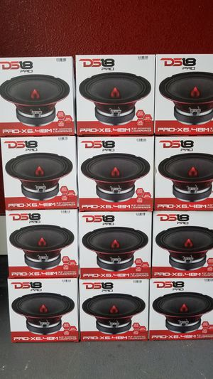 Ds18 Pro audio Brand new mids Voice speakers loud!! bocinas de puertas Para la voz Se esuchan fuerte !600 watts $30 Cada una / $30 Each for Sale in Houston, TX