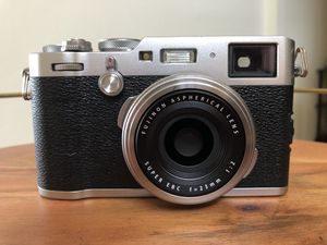 Fujifilm X100F with Black Pro Mist 1/8, Lens hood and 3 Batteries for Sale in Santa Ana, CA