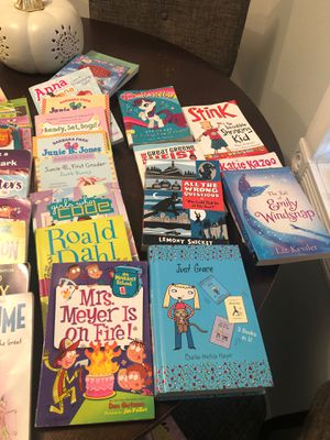 Lot of pre-teen girls books for Sale in Hacienda Heights, CA