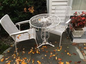 Table and chairs for Sale in Baldwin, NY