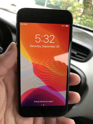 Factory Unlocked IPhone 7 32GB for Sale in Germantown, MD