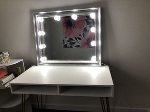 Silver vanity mirror with lights for Sale in Herndon, VA
