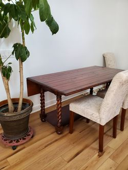 Drop Leaf Table This Is Not Antique.. Springfield Pickup for Sale in Springfield,  TN