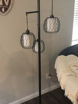 3 Bulb Lamp for Sale in Georgetown,  TX
