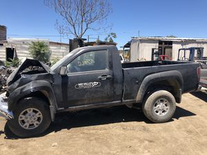 2005 GMC Canyon for parts only. for Sale in Modesto, CA