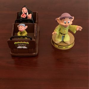 Disney Dopey / Snow White Figurines for Sale in Tampa, FL
