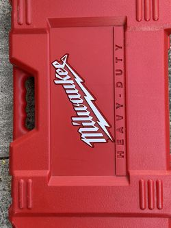 """Milwaukee 1/2"""" Hammer Drill 18v W/Charger And Case for Sale in Santa Clara,  CA"""