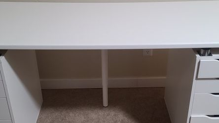 Ikea LILLTRÄSK Countertop 74 Inch (Alex drawers and leg NOT included) for Sale in Federal Way,  WA