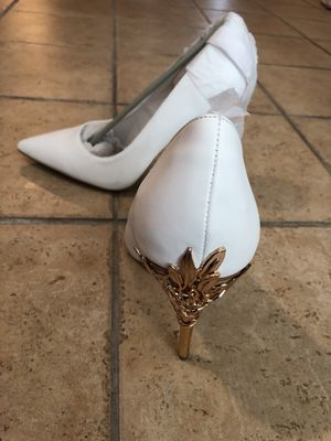 Women's Shoes -Size 11 for Sale in Suisun City, CA