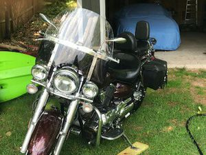 Yamaha Vstar Classic 1100 for Sale in Marquette, MI