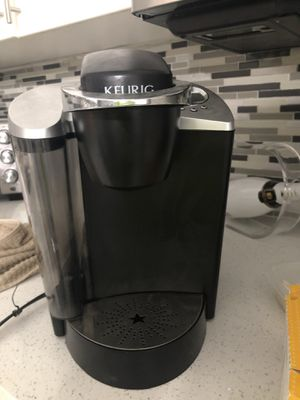 Keurig coffee maker for Sale in Miramar, FL