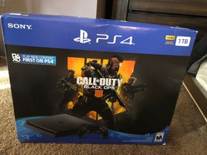 PS4 Slim 1TB + BO4 for Sale in Chicago, IL