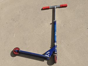 Huffy Avengers Scooter (no brake) for Sale in Placentia, CA