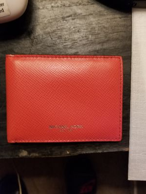MICHEAL KORS MENS WALLET for Sale in Fresno, CA