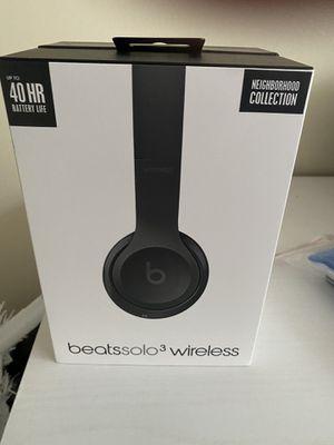 Beats solo 3 wireless Grey for Sale in Falls Church, VA